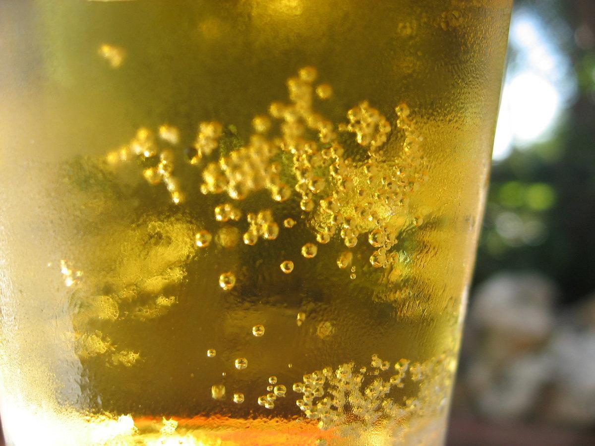 картинки пузырьков лимонада оголил накачанный торс
