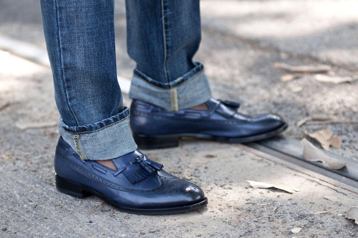 Новые черные туфли сулят смену партнера.