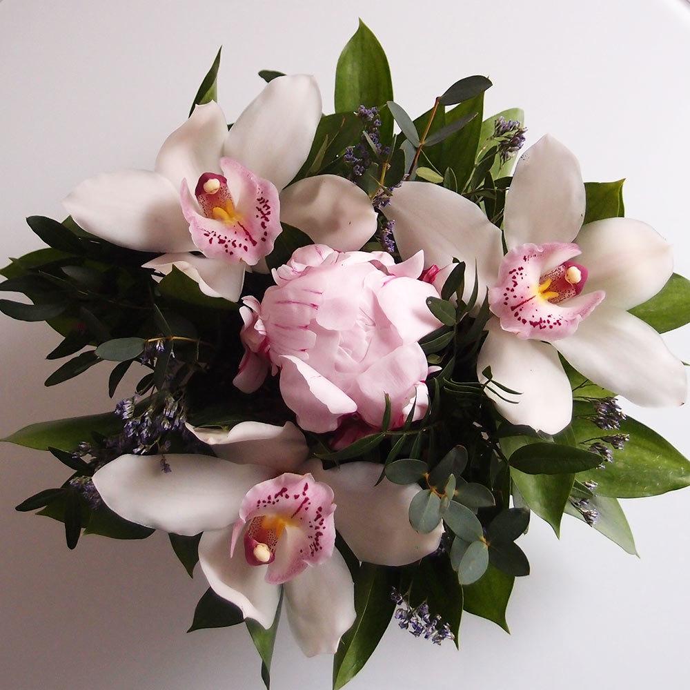 красивые картинки орхидей и роз палочки кунжутом