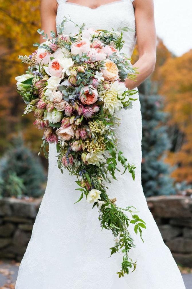 Роз лилий, каскадный свадебный букет невесты