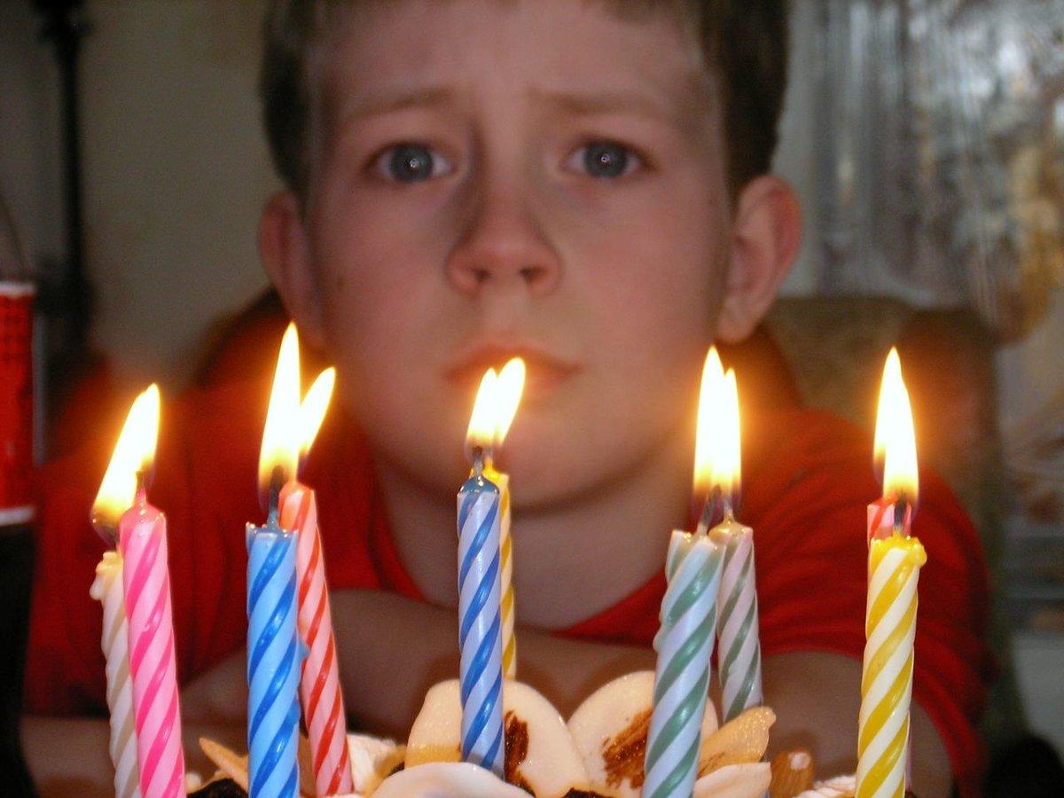 Картинки день рождение грустный праздник