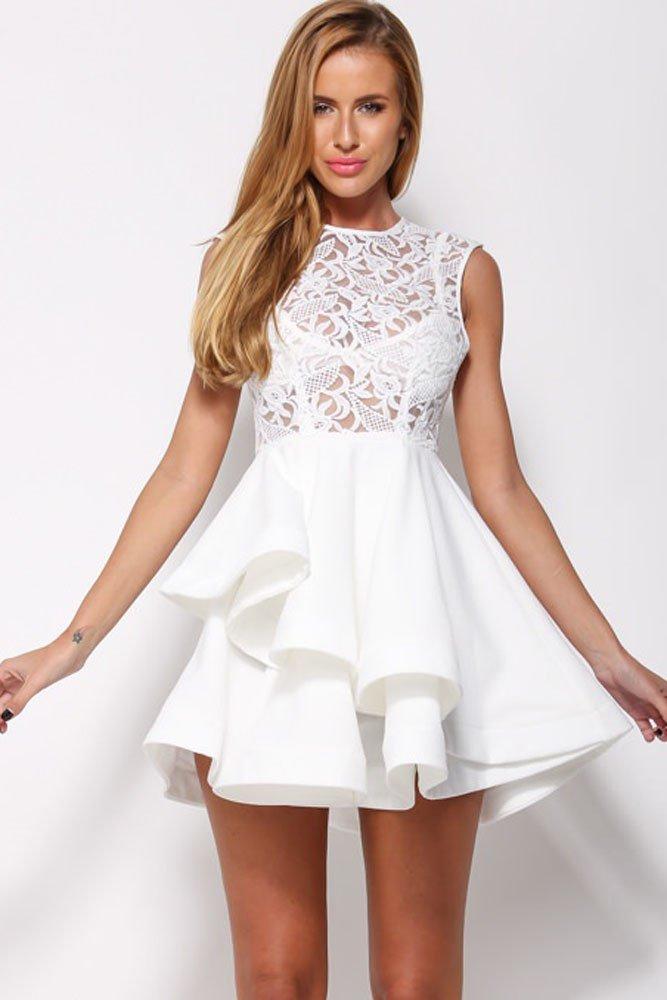 картинки белого платья с кружевами катамаран, поплавали море