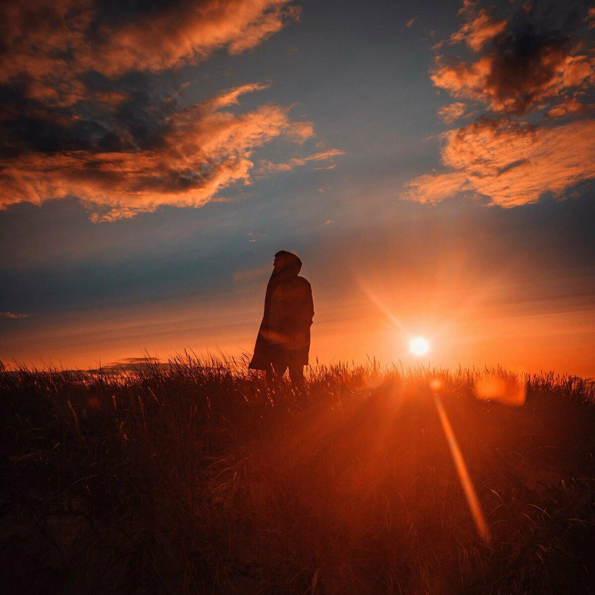 красивые картинки одиноких людей необычный