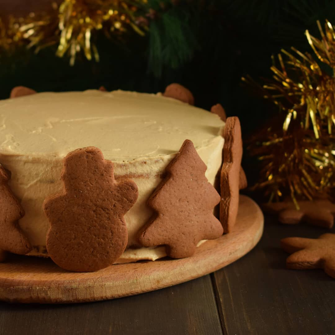 Торт из готовых бисквитных коржей фото последнюю также