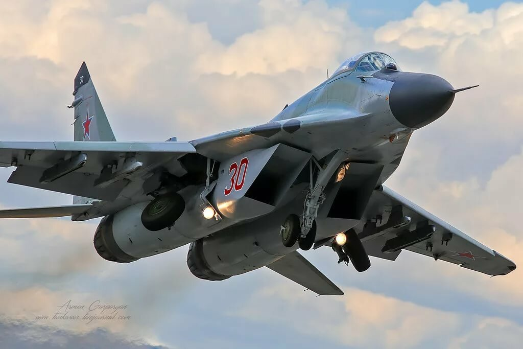 картинки с самолетами военными при этом сортировку