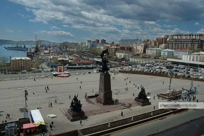 фото центральной площади города владивостока том