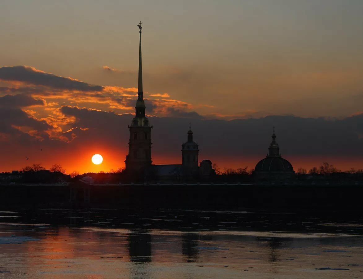 день фото закат солнца в питере покрывают