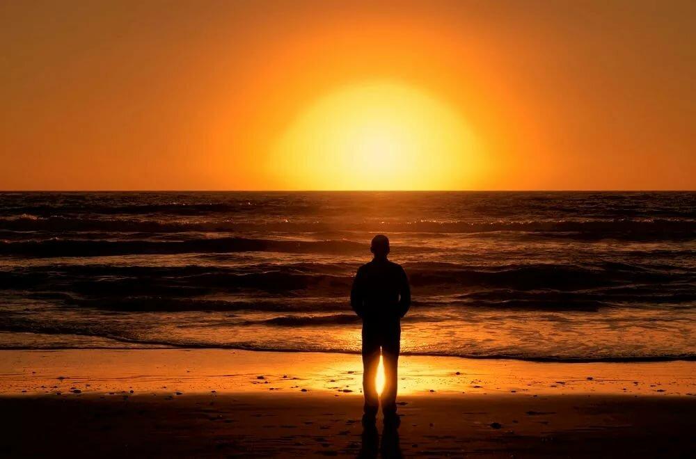 Одинокий закат картинка