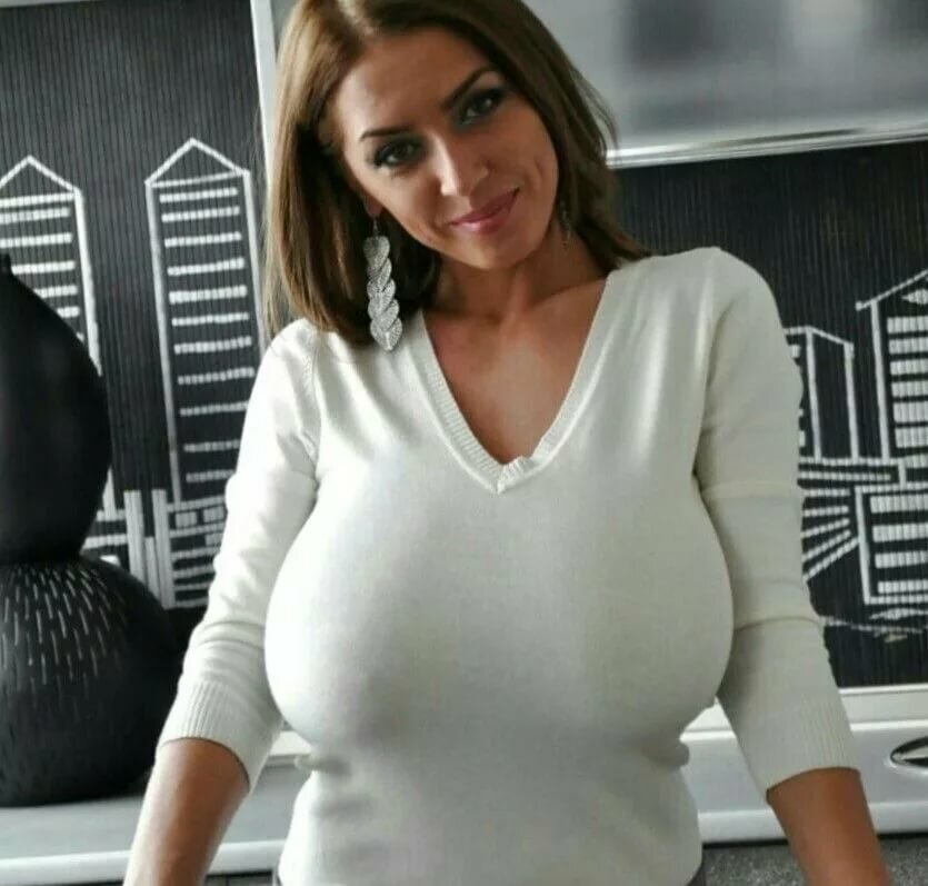 Busty girl sweater — photo 9