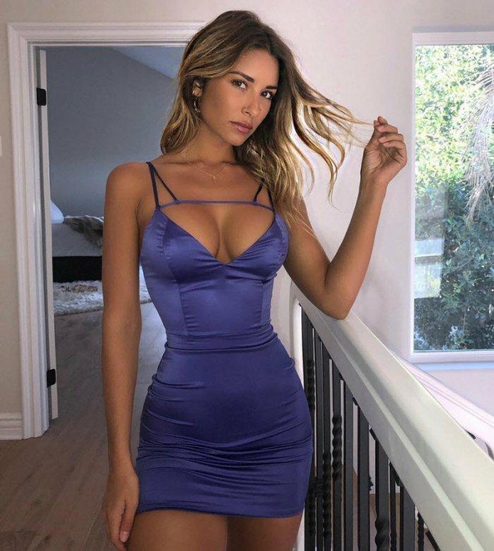 эротические фотки пышек в обтягивающем платье - 10