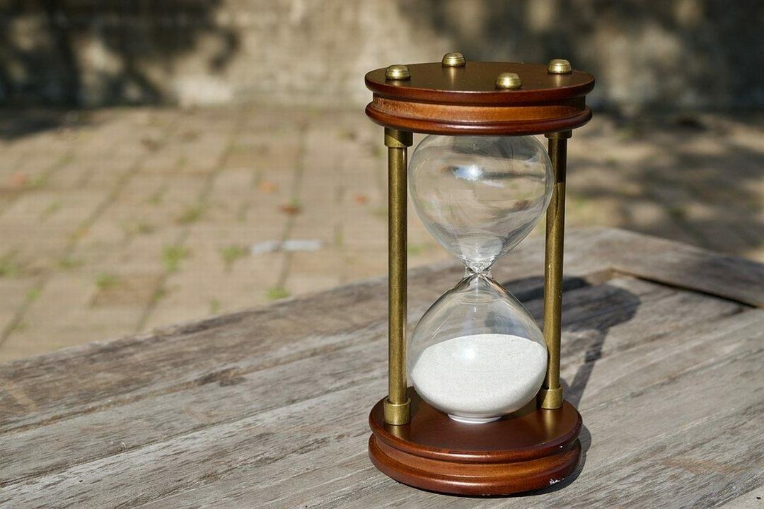 Песочные часы с картинкой