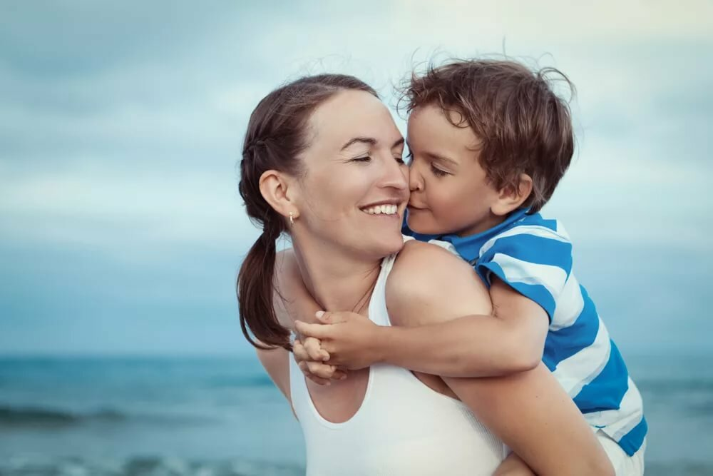 Картинки счастливая мама сына