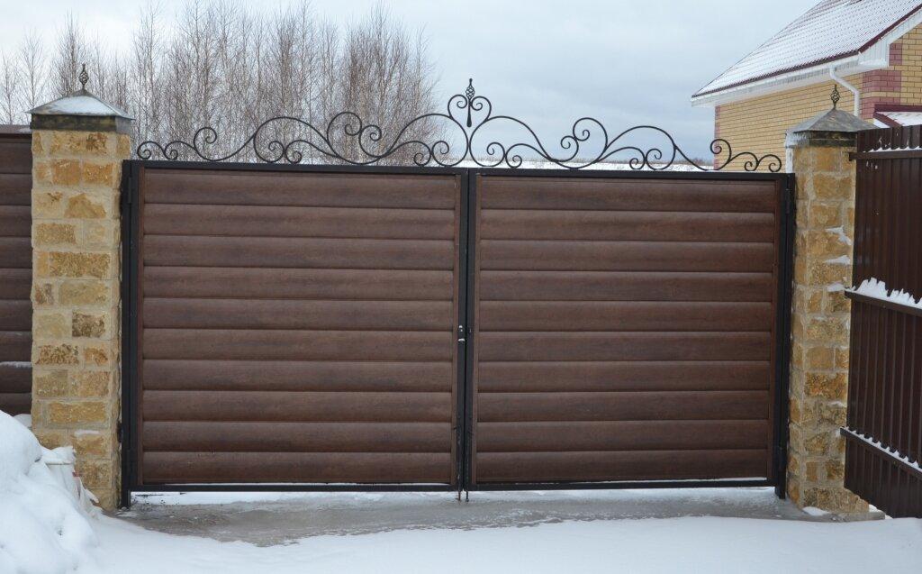 Ворота из сайдинга картинки