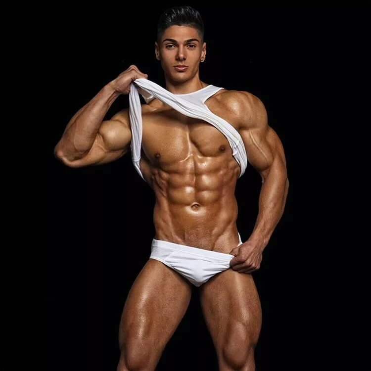 Bodybuilder male naked picture zeus
