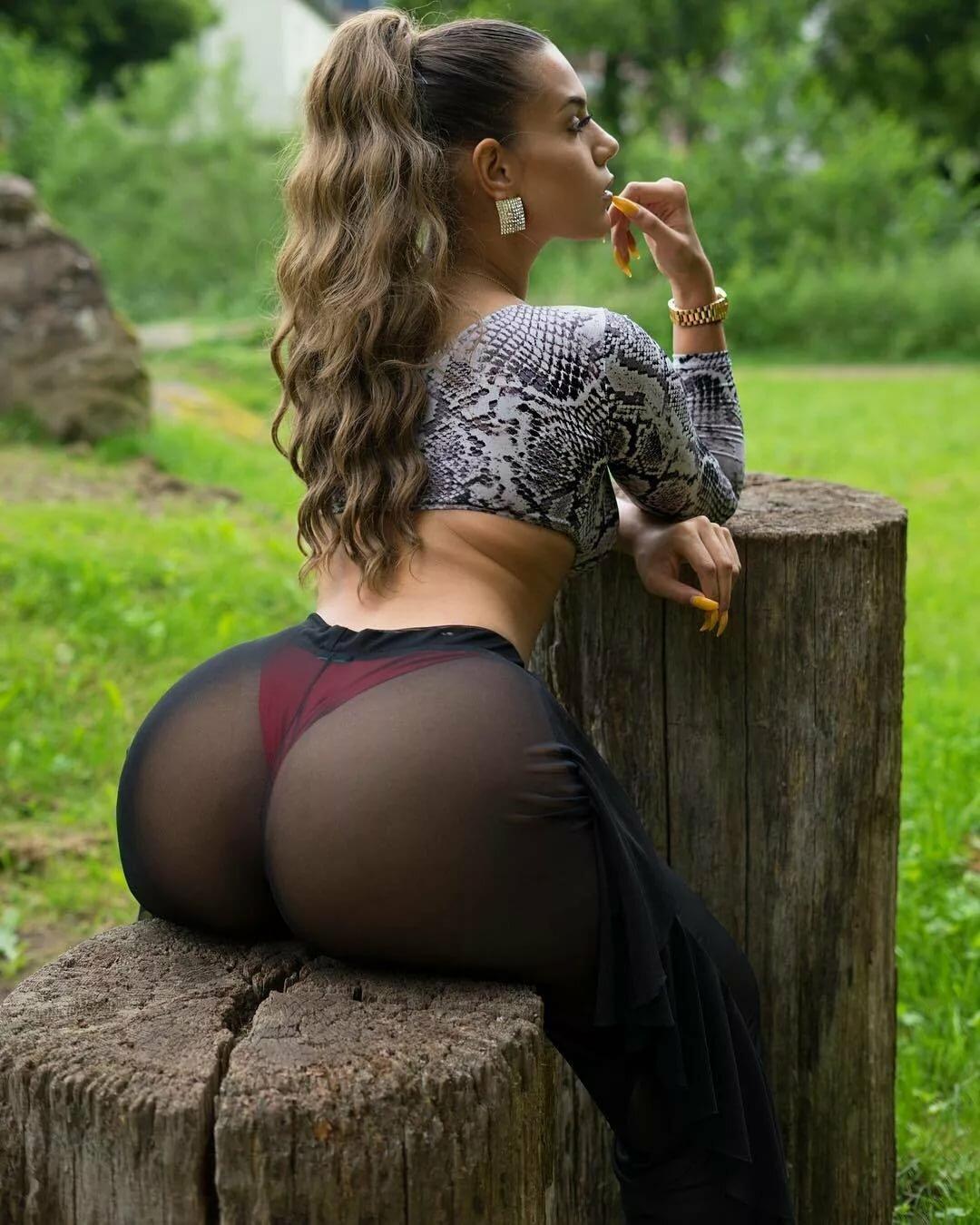 что девочки фото большие жопы российских девушек должна, понимаешь должна