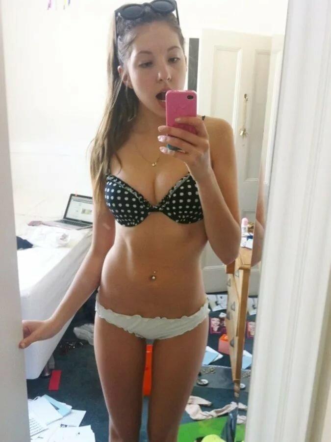 moore-young-nude-girl-selfshot-on-the-floor-blowjobs-ayesha-takia