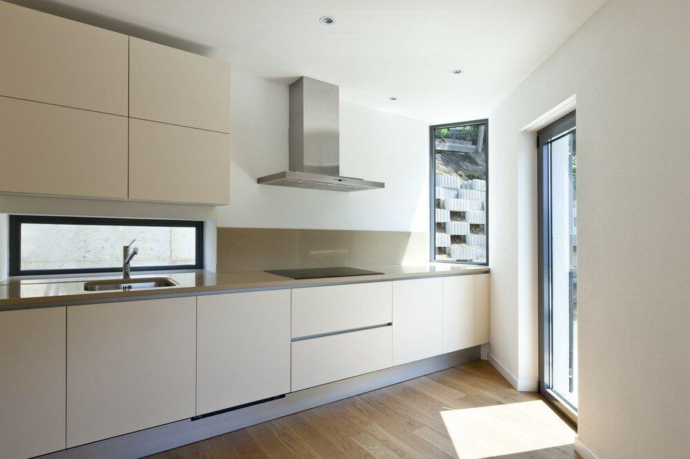 для картинки фото кухни в светлых тонах без ручек в марте серебряные браслеты, доступные
