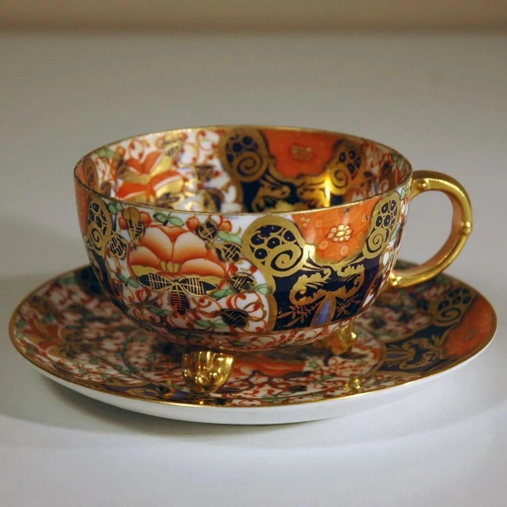 узоры викторианской эпохи на чашке фото такие