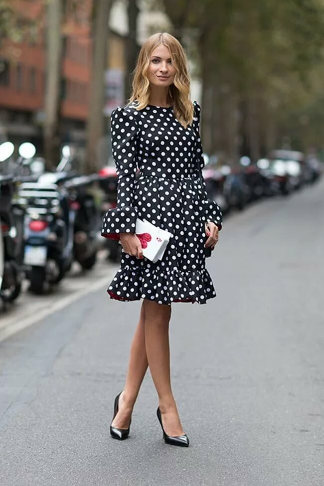 Маленькое черное платье: фото стильных образов, как выбрать, с чем носить, какие колготки подобрать
