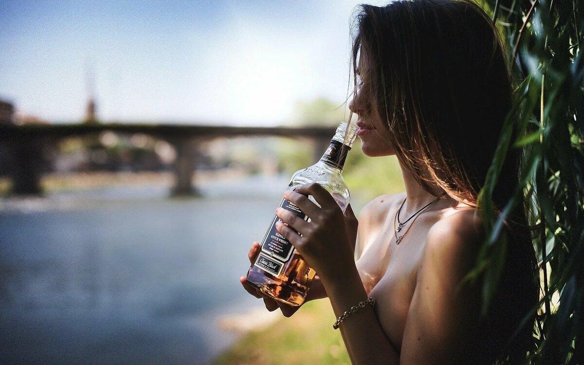 Картинки девушек с алкоголем красивые