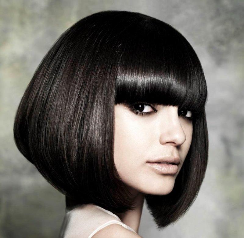 Какие женские стрижки считаются модными в этом году? Примеры женских стрижек на длинные и короткие волосы. Фото вариантов женских стрижек волос.