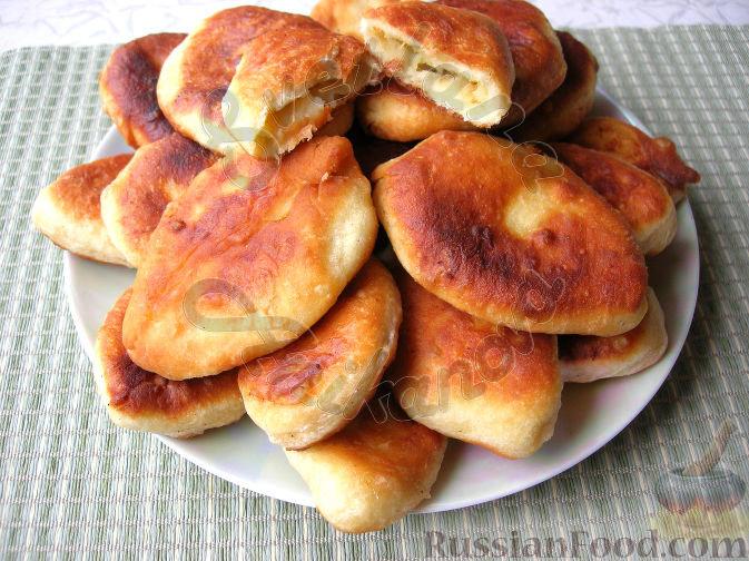 Жареные дрожжевые пирожки с картошкой на воде