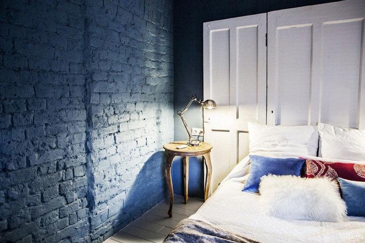 чем покрасить кирпичную стену в интерьере
