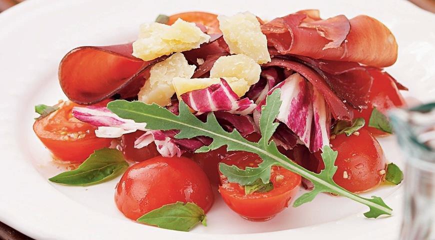 Легкие салаты холодные закуски блюда из яблок простенькие салаты салат из огурцов.