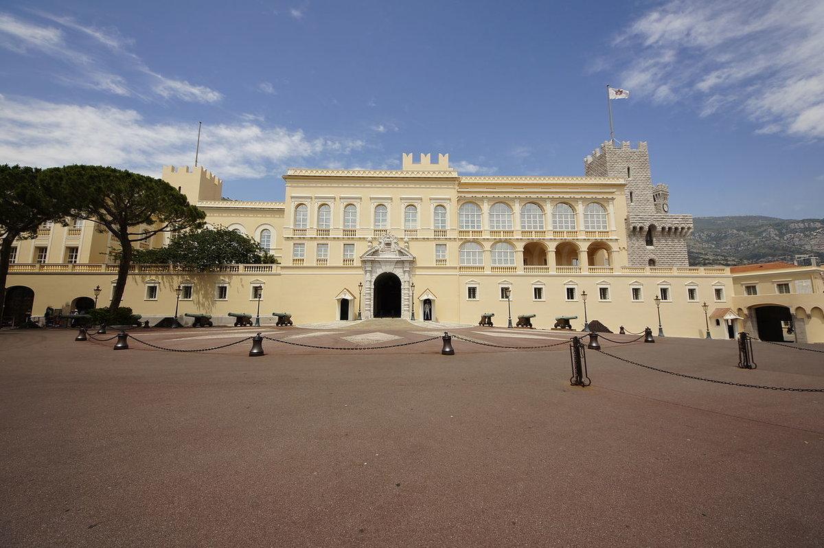 фото дворца в монако выполнена качественных материалов