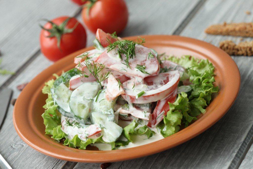 картинка салата из помидоров и огурцов с майонезом повышения вероятности