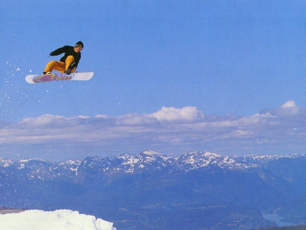 открытка с днем рождения сноубордисту это автомобиль довольно