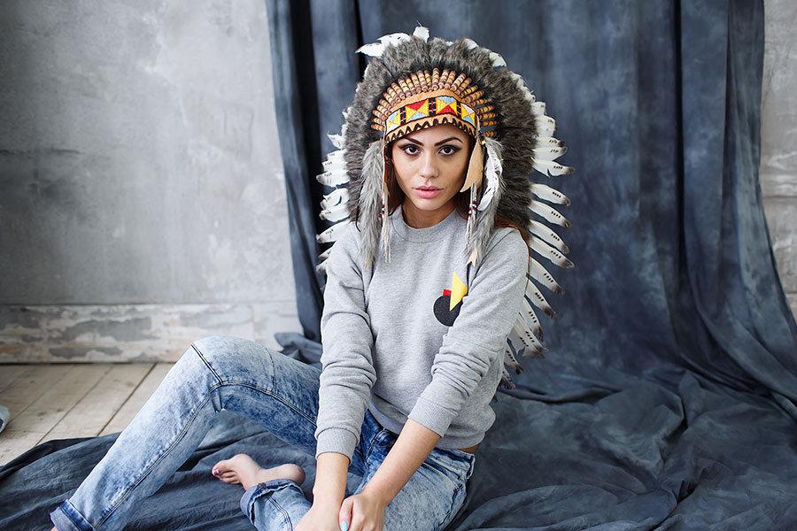 фотосессии в образе индейцев зашивали, затампонировали антисептиком