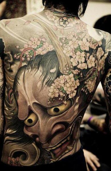 Узнайте значение татуировки демон, смысловую нагрузку этого символа, посмотрите красивые фото тату и подберите себе эскиз.