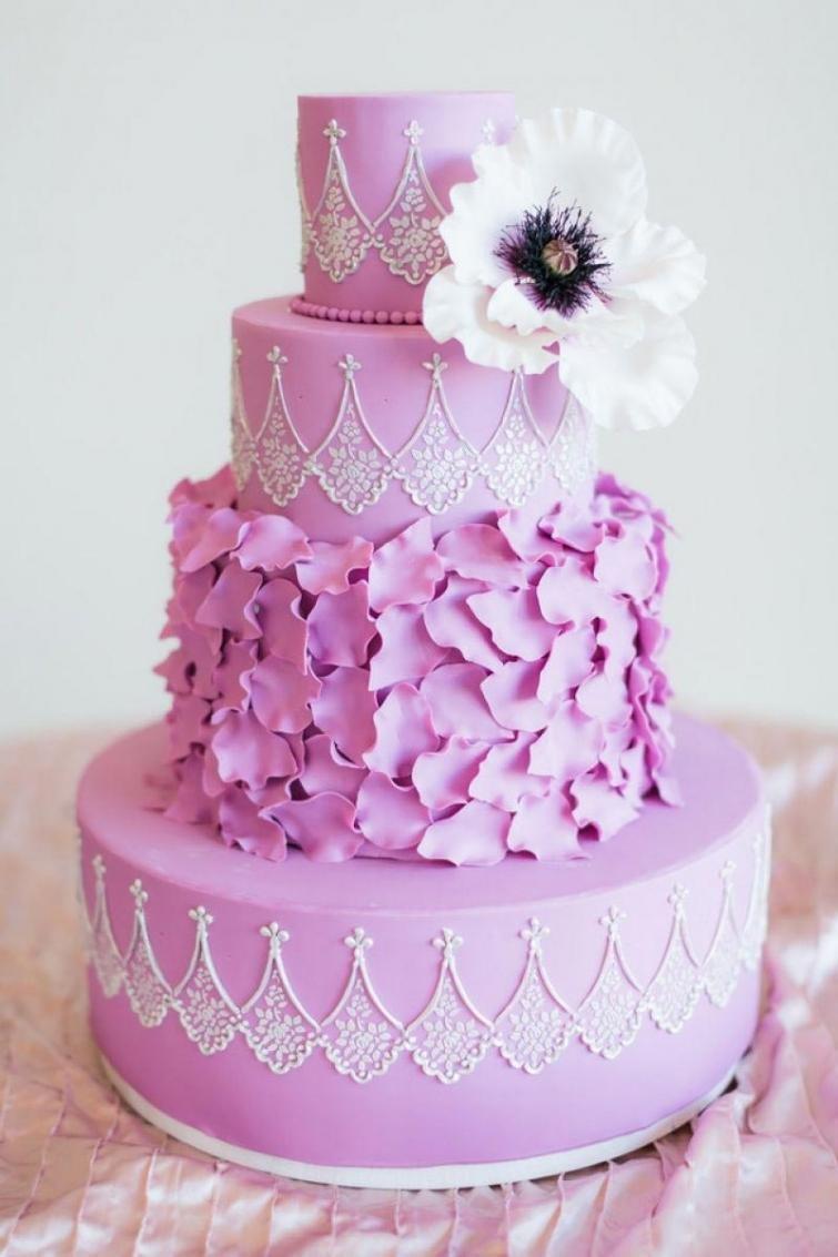 Розовый торт картинки