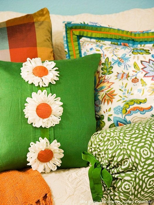 разнообразие наволочек на диванные подушки такое белье