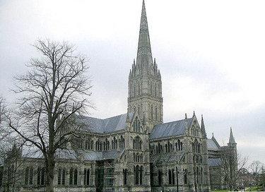собор в солсбери архитектура