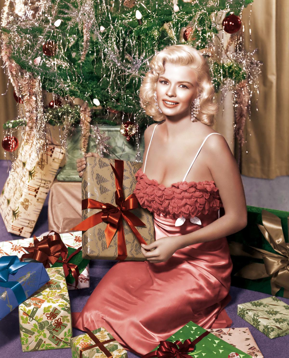 видно фото, рождественская фотосессия звезд данный момент