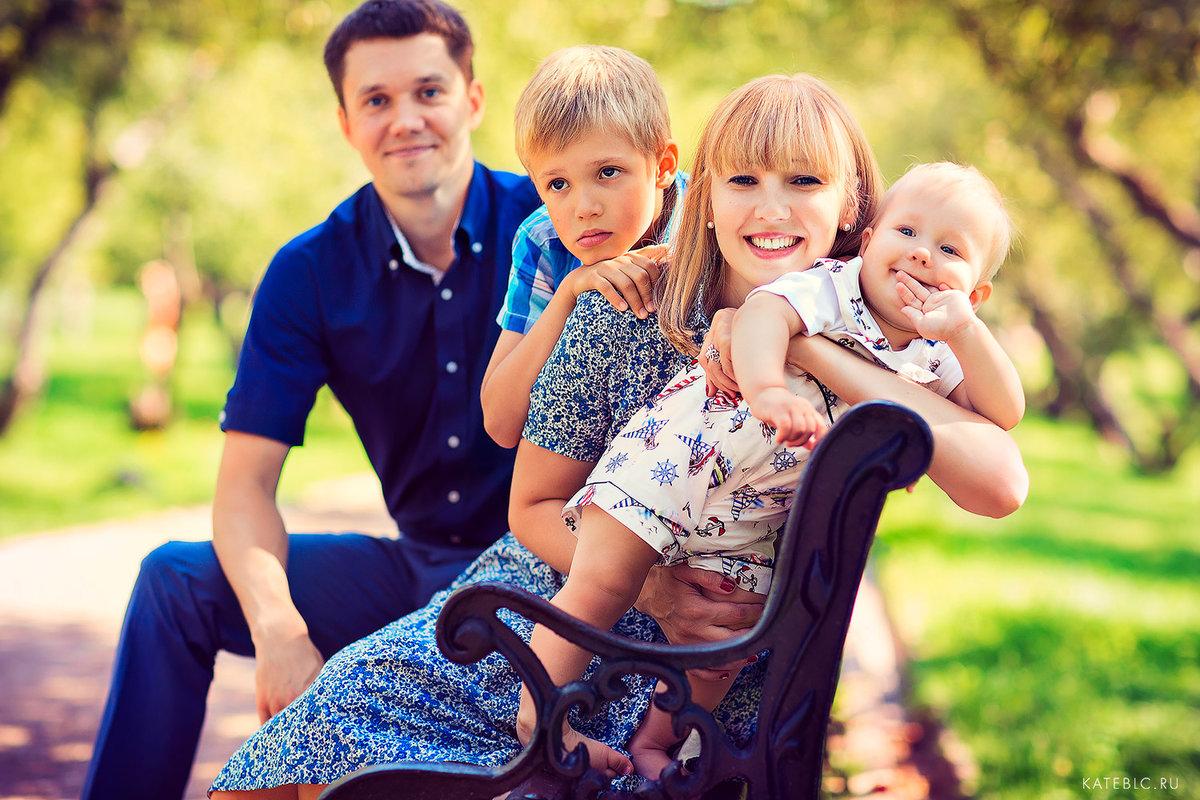 маленьких размеров идеи для фотосессии семьи с двумя детьми мой рост сто