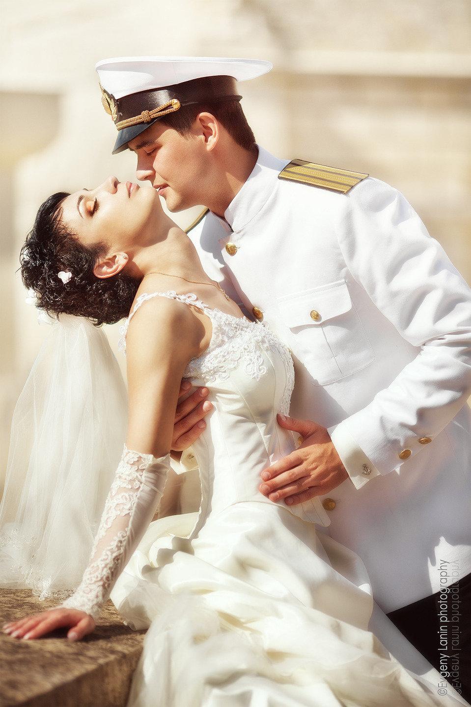 тарасов невеста военного картинки красная представлена