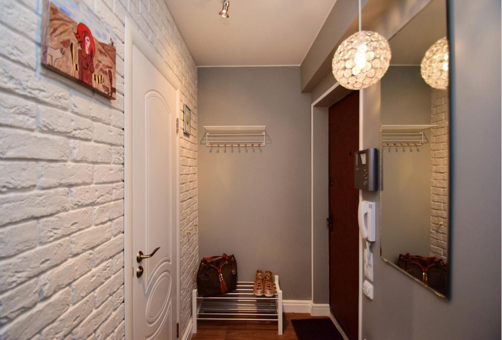 фото длинного коридора отделанного кирпичиками кадры личной жизни