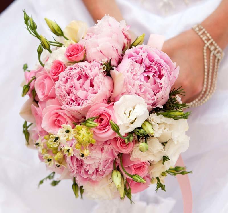 Свадебные букеты для невесты [фото 2017] являются важным атрибутом праздника.