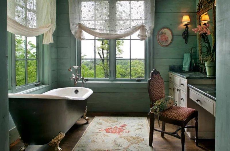 В стиле прованс в ванной для отделки стел можно использовать окрашенные деревянных панели и доску.
