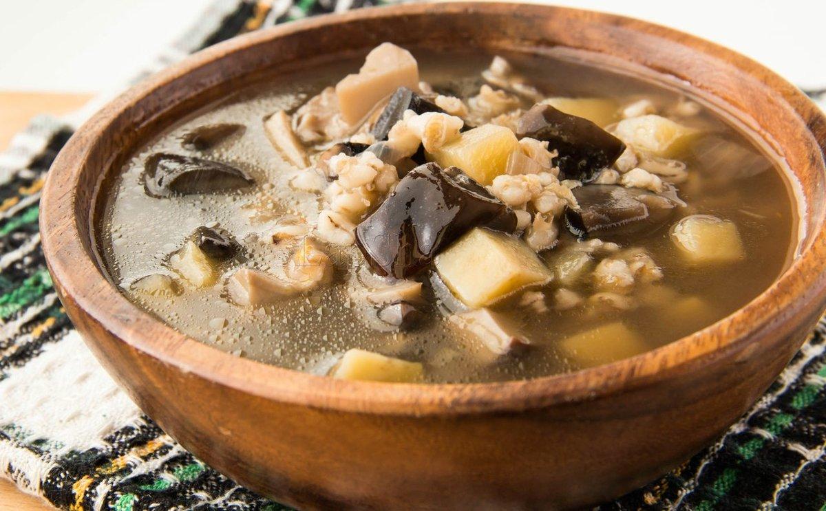 Грибной суп из благородных грибов