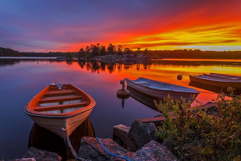 Лодки и закат