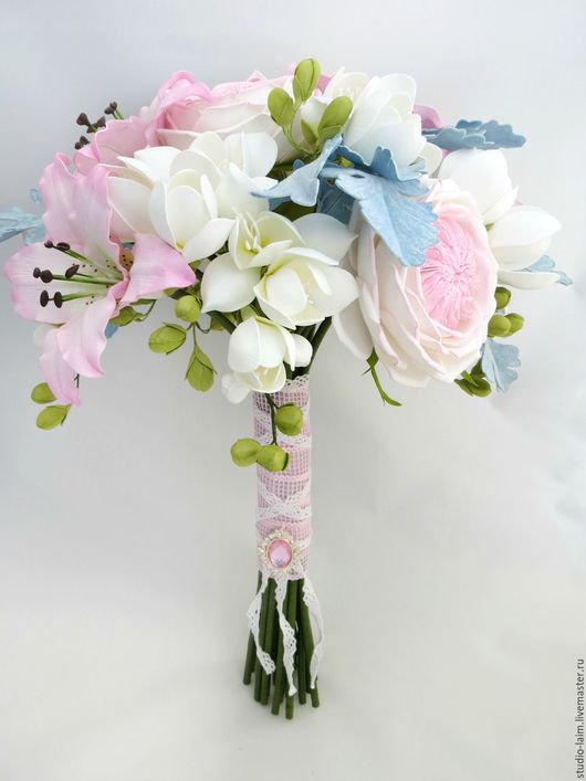 Свадебный каскадный букет из фома с фрезией, свадебные