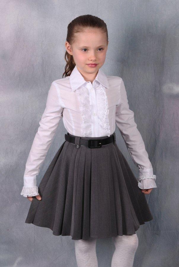 Одежда в школу девочке.