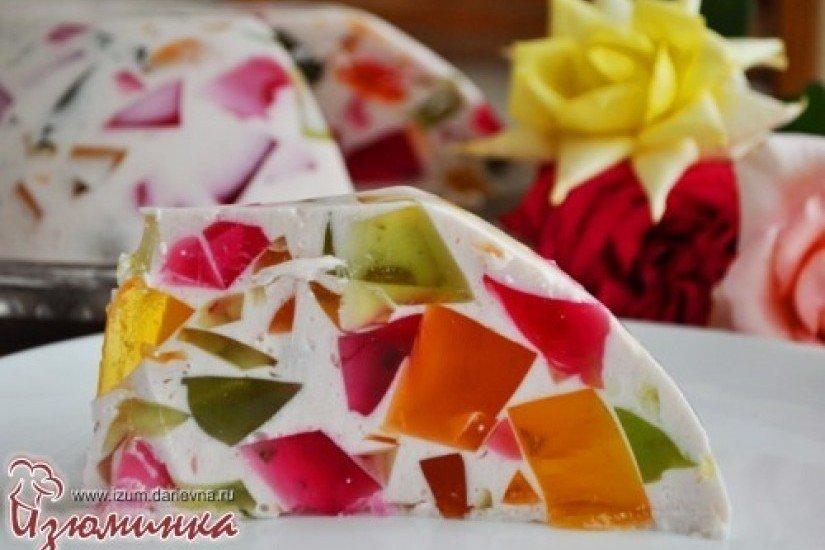 Торт калейдоскоп с фруктами