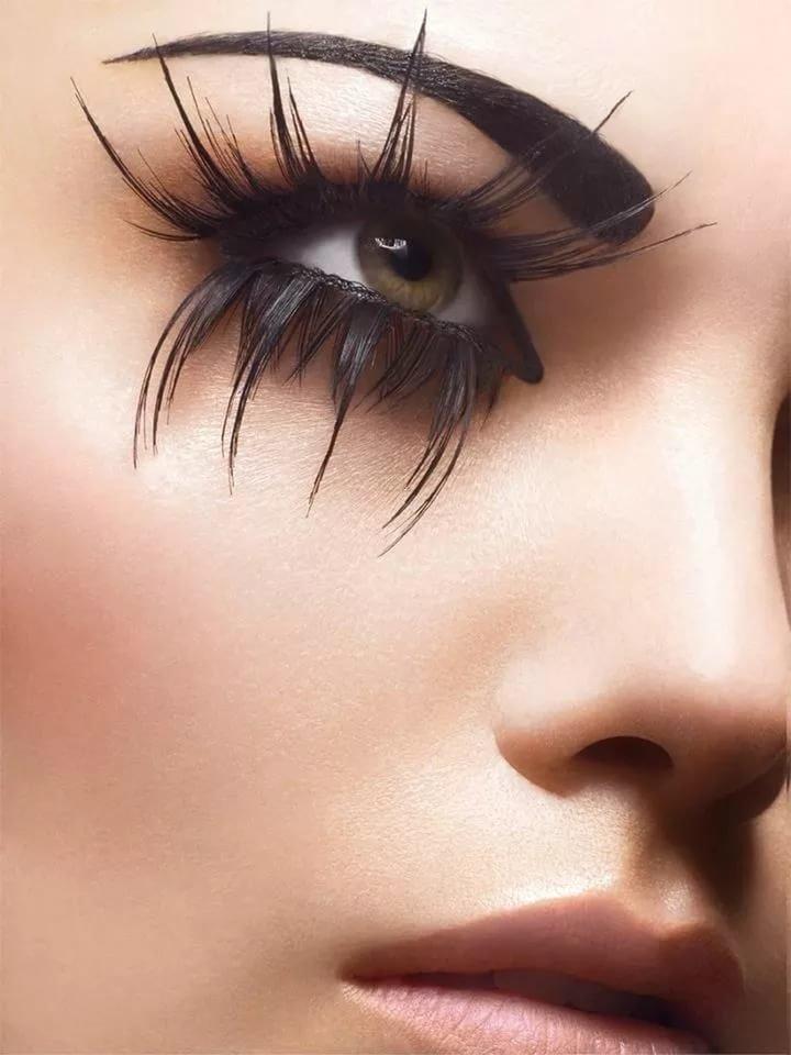 Прикольные картинки глаз с ресницами