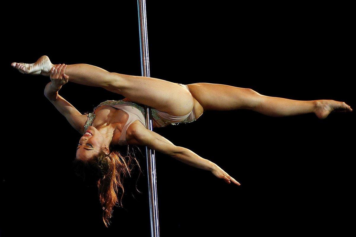 тех пор сексуальная гимнастка демонстрирует голое тело смотреть видео онлайн больше