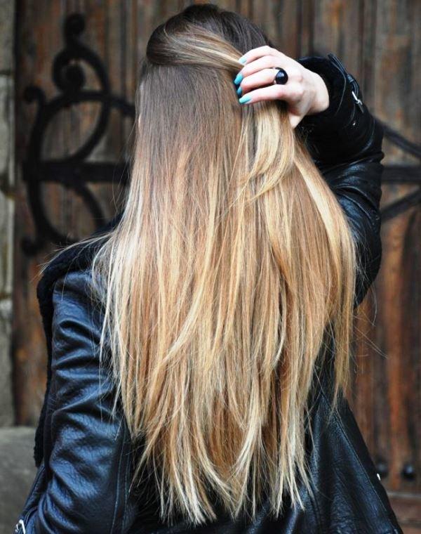 Расскажем подробно о такой технике окрашивания волос, как шатуш - на короткие, средние и длинные волосы, на светлые и темные. Есть фото с примерами - до покраски и после, где можно оценить эффект.